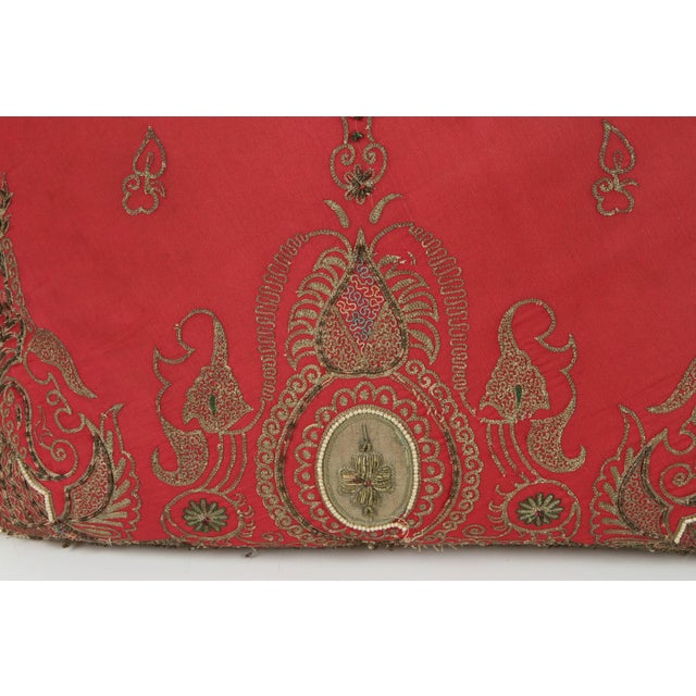 Early 20th Century Pair of Antique Turkish Ottoman Silk Pillows With Metallic Threads For Sale - Image 5 of 13