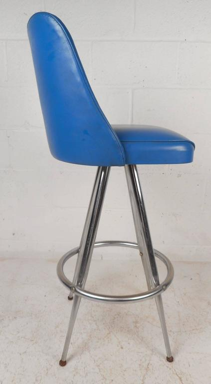 Vintage Modern Bar Stools By L U0026 B Products Corporation   Set Of 4 For Sale