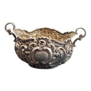 Antique 19th Century Edwardian Birmingham Sterling Silver H. Mathews Miniature Repousse Centerpiece Bowl For Sale