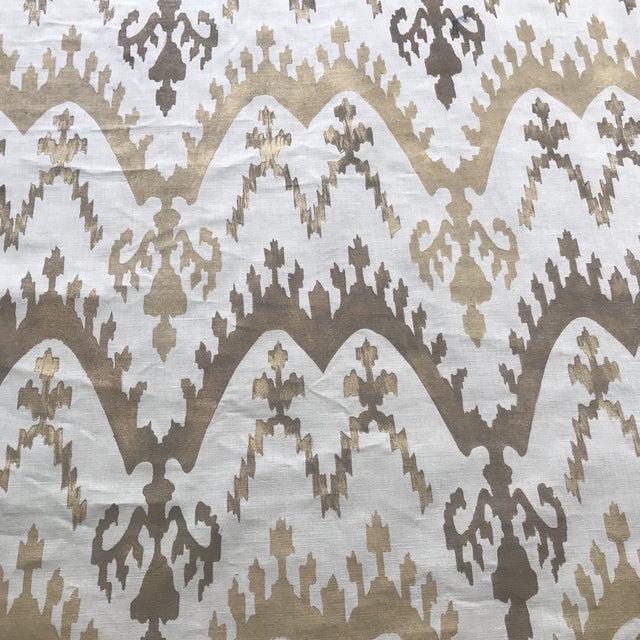 2010s Metallic Gold Ikat Handprinted Linen- 1 3/4 Yards For Sale - Image 5 of 5