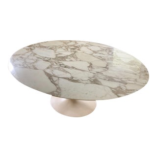 "Knoll Eero Saarinen 78"" Oval Arabescato Marble Tulip Dining Table For Sale"