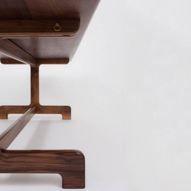 Contemporary Bespoke Asa Pingree Physalia Walnut Dining Table For Sale - Image 3 of 9