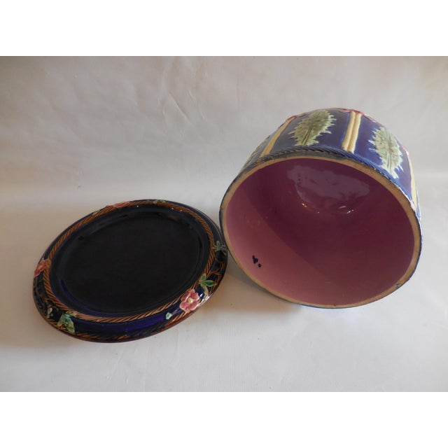 Majolica Majolica Ribbon and Leaf Cheese Dome With Underplate For Sale - Image 4 of 8