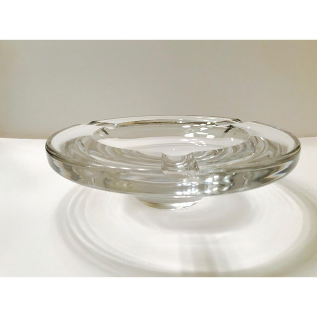 Transparent Swedish Mid-Century Modern Crystal Ashtray by Lindstrand for Kosta Boda, 1960's For Sale - Image 8 of 13