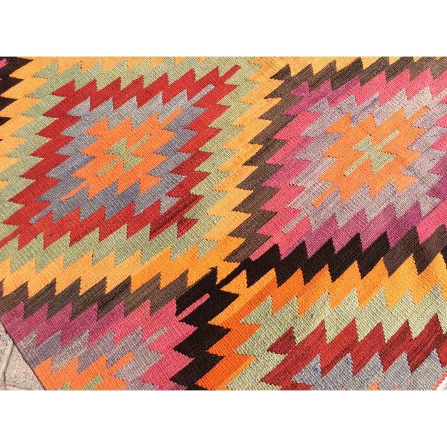 Pink Vintage Turkish Kilim Rug For Sale - Image 8 of 10