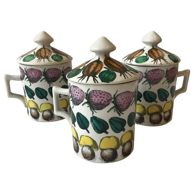 3 Fornasetti 1960s Giostra Di Frutta Mugs With Lids For Sale In New York - Image 6 of 6