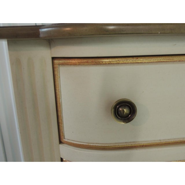 Pair of Natural and Gold Leaf Detail Nightstands/Dressers. For Sale - Image 4 of 12