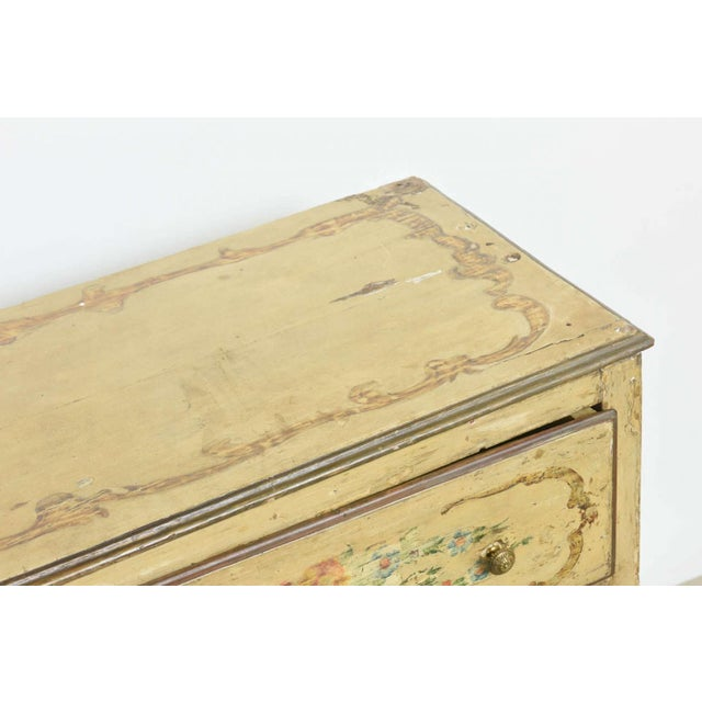 Late 18th Century italian Neoclassic Painted an Parcel Gilt Two-Drawer Commode, Piedmontese For Sale - Image 5 of 7