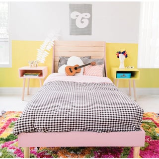 Minimo Full Panel Bed in Maple With Pink Finish Preview