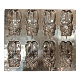 Vintage Metal Chocolate Mold With 8 Bunnies For Sale