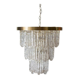 1960s Lucite and Brass Icicle Waterfall Tiered Chandelier For Sale