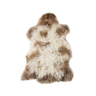 "Contemporary Natural Wool Sheepskin Pelt - 2'3""x3'0"" For Sale"