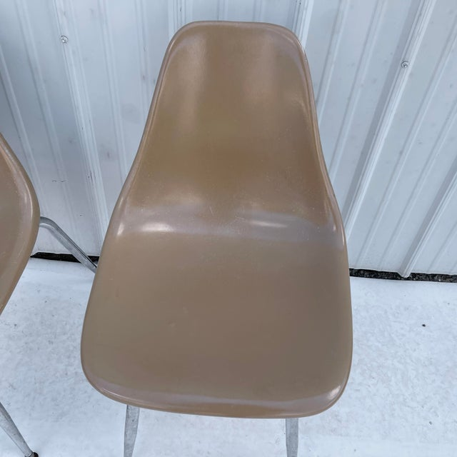 Mid-Century Modern Pair Mid-Century Eames Style Shell Chairs For Sale - Image 3 of 13