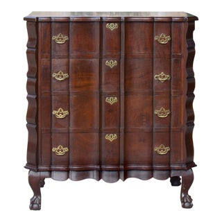 Antique English Chippendale Chest of Drawers For Sale