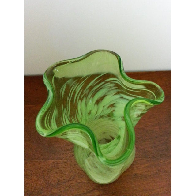 Contemporary Mid-Century Murano-Like Art Glass Vase For Sale - Image 3 of 6