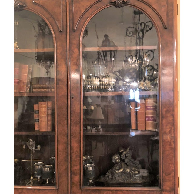 Traditional Antique English Victorian Burled Walnut Bibliotheque, Circa 1880. For Sale - Image 3 of 5