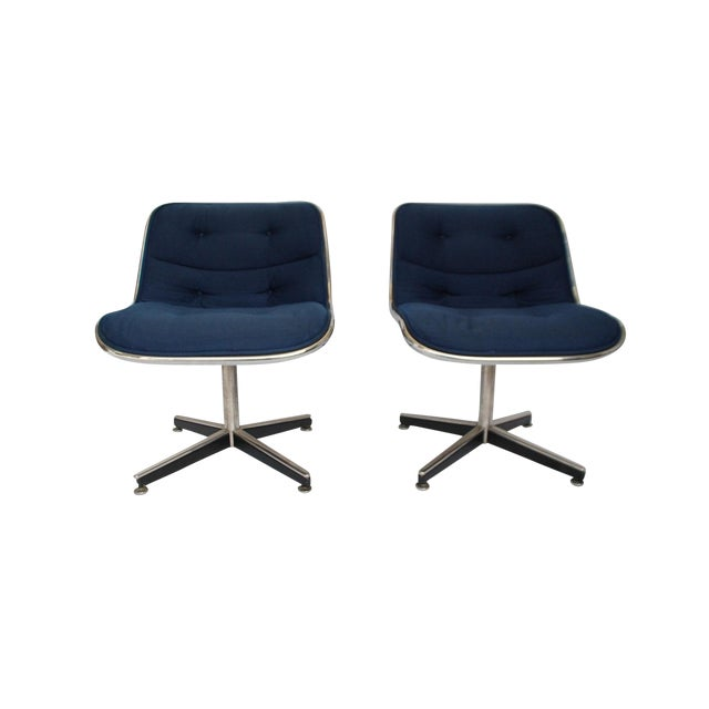 Late 20th Century Knoll Swivel Chairs- a Pair For Sale