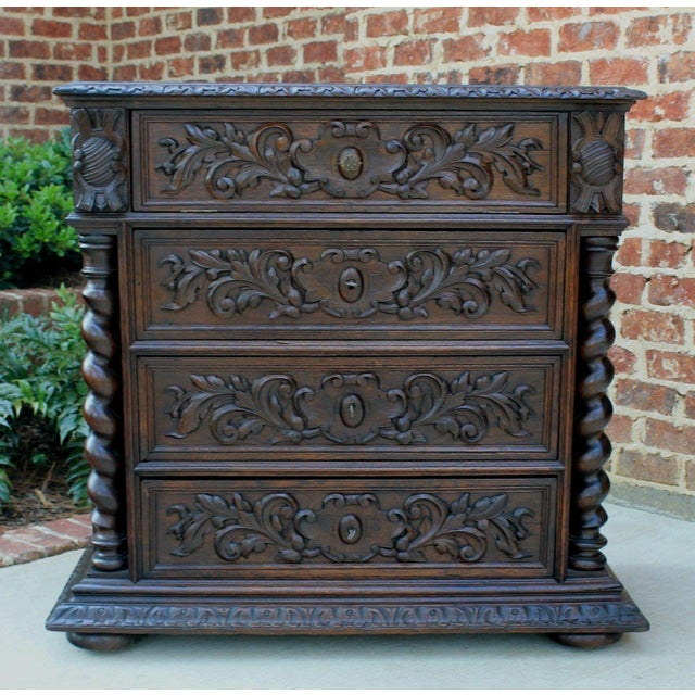 Antique French Oak Mid-19th Century Renaissance Revival Barley Twist 3-Drawer Chest Entry Commode Cabinet For Sale - Image 13 of 13