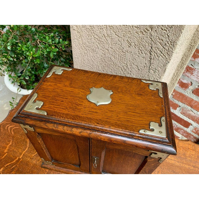 1920s Antique English Tiger Oak Pipe Smoke Cabinet Card Game Box Humidor Lift Top For Sale - Image 5 of 13