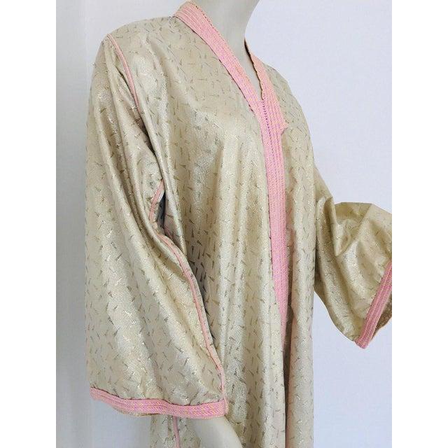 Islamic 1970s Metallic Gold Moroccan Caftan, Kaftan Maxi Dress North Africa, Morocco For Sale - Image 3 of 13