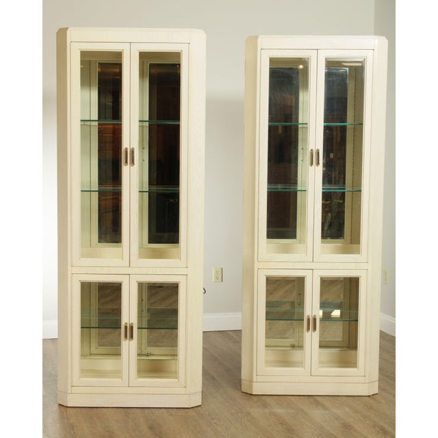 Traditional American Of Martinsville Modern Pair Lighted Curio Display Cabinets For Sale - Image 3 of 13