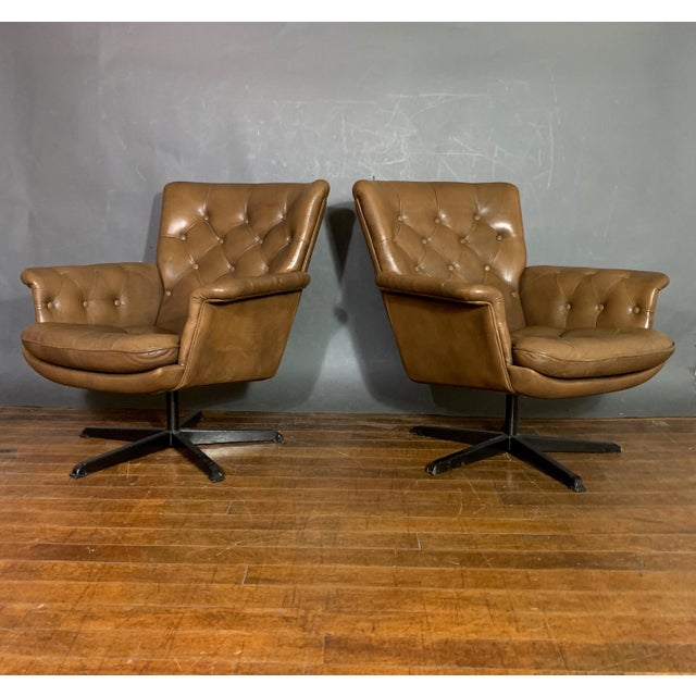 Pair Scandinavian Deep-Buttoned Leather Swivel Chairs, 1970s For Sale - Image 11 of 11