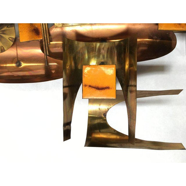 1970s William Vose for Curtis Jere Brass and Copper Brutalist Wall Sculpture Clock For Sale - Image 5 of 10