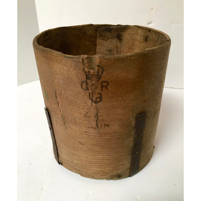 Antique British Hand Crafted Wooden Gallon Grain Holder - Image 2 of 9