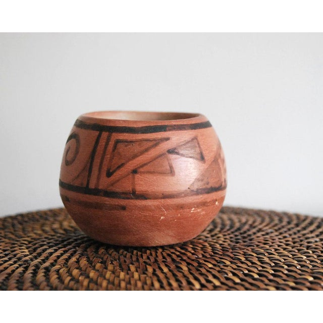 San Ildefonso Black on Red Native American Pottery Vase For Sale - Image 4 of 7