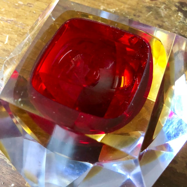 Alessandro Mandruzzato Mid Century Mandruzzato Faceted Sommerso Murano Glass Bowl For Sale - Image 4 of 7