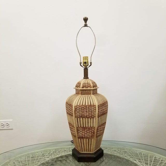 Frederick Cooper Palm Beach Regency Faux Basket Weave Ginger Jar Lamp For Sale In Chicago - Image 6 of 6