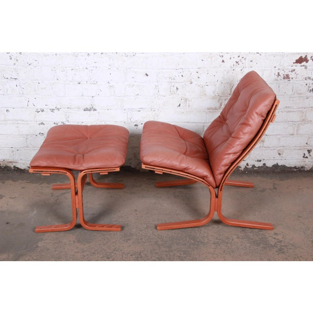 1960s Ingmar Relling for Westnofa Bentwood Teak and Leather Siesta Lounge Chair and Ottoman For Sale - Image 5 of 13