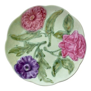 1960s French Country Majolica Floral Ceramic Plate For Sale