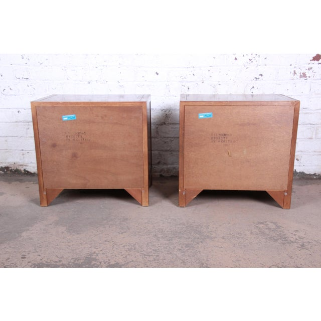 Drexel Heritage Hollywood Regency Campaign Burled Walnut Nightstands - a Pair For Sale - Image 11 of 13