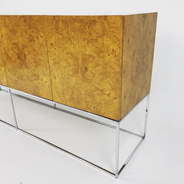 1960s Olive Burl Credenza With Chrome Base Designed by Milo Baughman for Thayer Coggin For Sale - Image 5 of 13