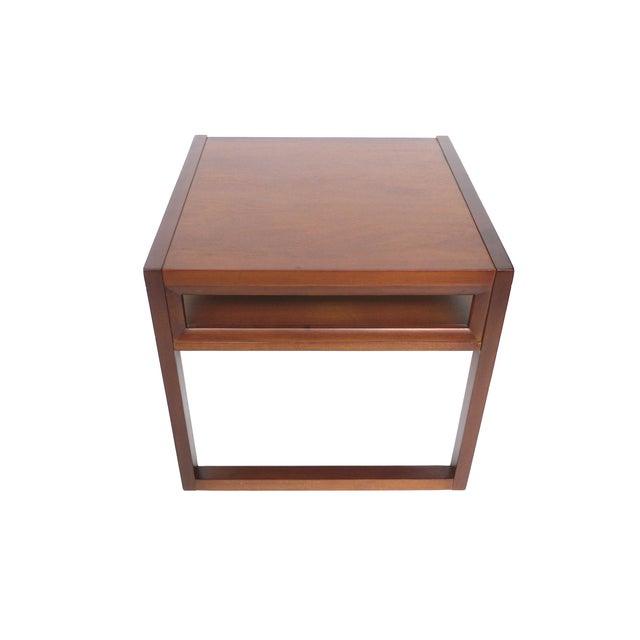 John stuart 1940s mahogany sidetables a pair chairish for 0co om cca 9 source table