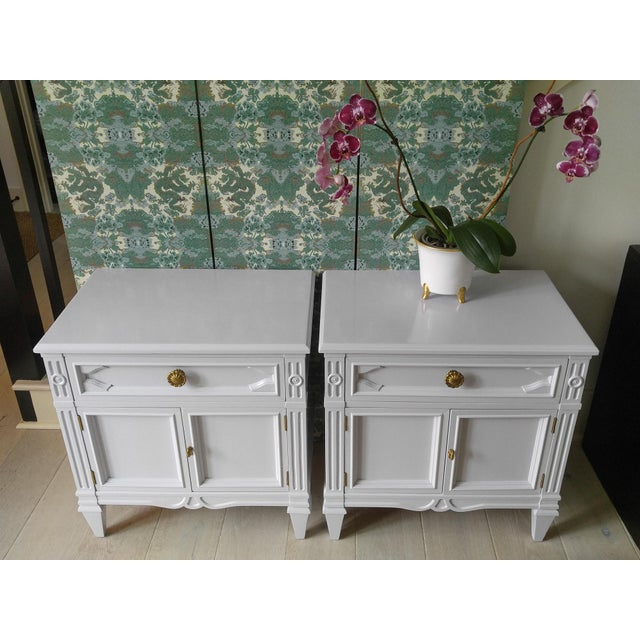 These are beautifully styled, French inspired, high quality Drexel Heritage nightstands. These vintage nightstands have...