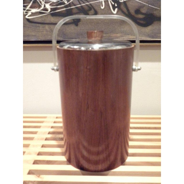 Chrome Thermos Mid-Century Vintage Teak Ice Bucket With Glass Liner For Sale - Image 7 of 8
