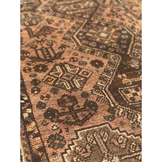 """Vintage Persian Shiraz Area 70-Year-Old Rug - 4'6"""" x 6'3"""" - Image 8 of 10"""