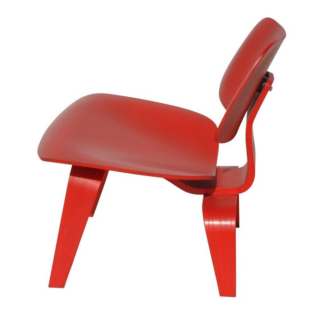 Red LCW Molded Lounge Chair - Image 4 of 6