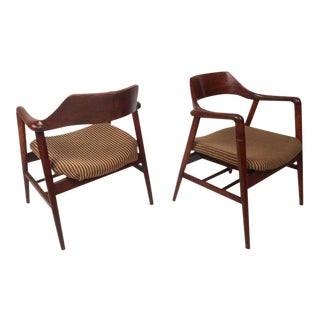 Mid-century Modern Sculpted Side Chairs by Gunlocke - a Pair