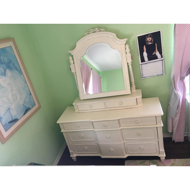 "Thomasville Thomasville ""Emilia"" Dresser With Mirror For Sale - Image 4 of 4"