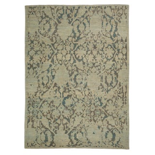 Contemporary Turkish Sultanabad Rug With Large Flower Heads Design For Sale