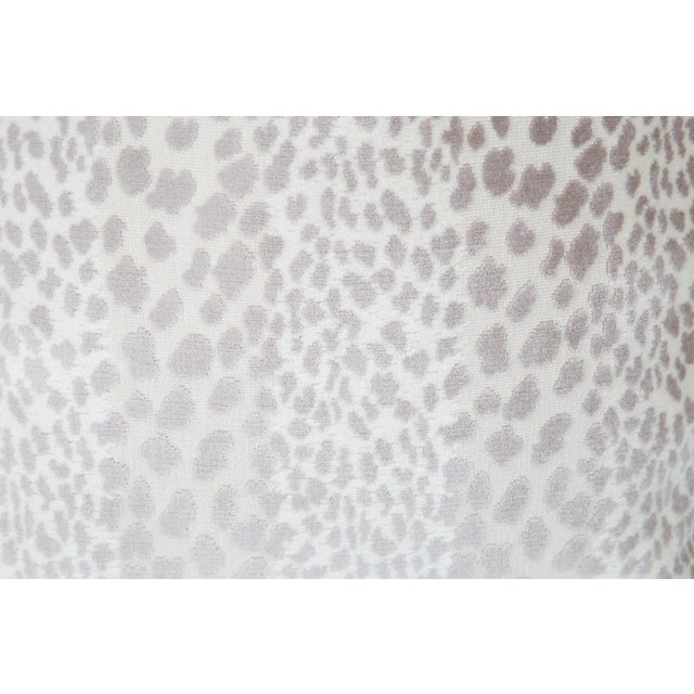 Cream Velvet Spotted Cheetah Pillows - Pair For Sale - Image 4 of 5