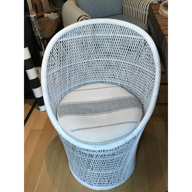 Vintage White Wicker Chair - Image 2 of 5