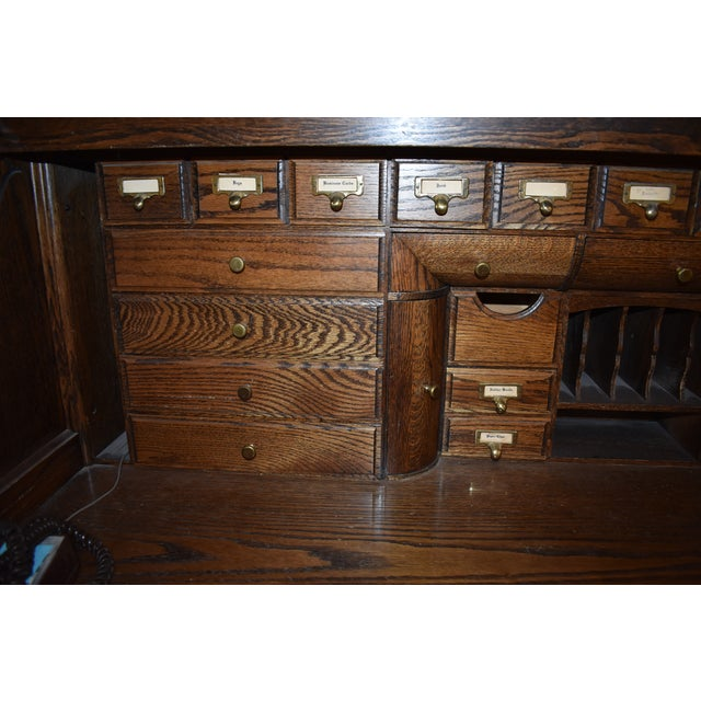 Traditional Traditional Oak Crest Manufacturing Rolltop Desk For Sale - Image 3 of 10