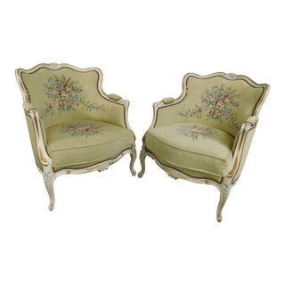 French Louis XV Style Pair Vintage Pair Painted Bergere Chairs For Sale