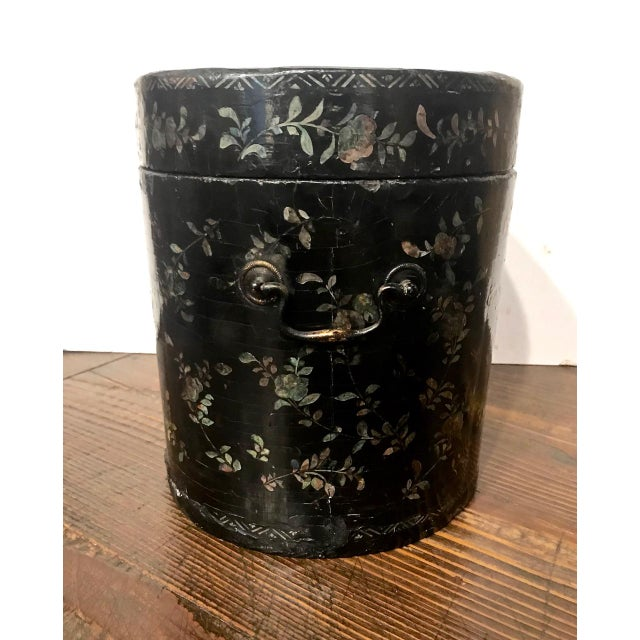 Chinese Coromandel Lacquer Hot Box, 19th Century For Sale In Los Angeles - Image 6 of 10