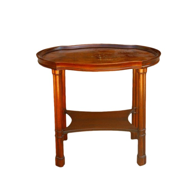 1970's Chippendale Hekman Walnut Inlay Veneer Side Table For Sale