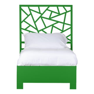 Tiffany Bed Twin Extra Long - Bright Green For Sale